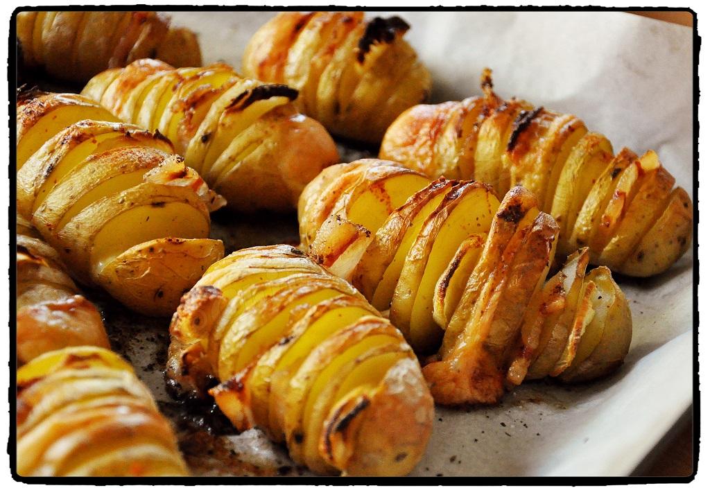 zemiaky, pečené zemiaky, plnené syrom