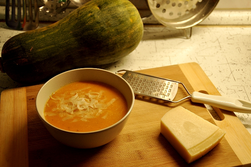 pumpkin, soup, polievka, chilli, parmezán
