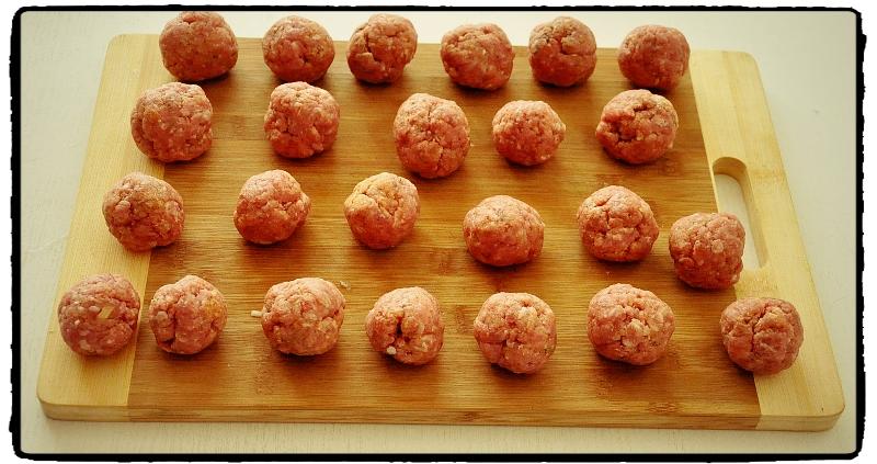 meatballs, oregano