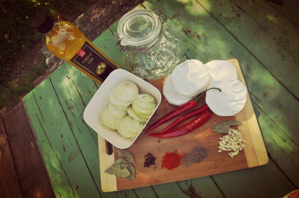 hermelín, cibuľa, grilovanie, leto, chilli