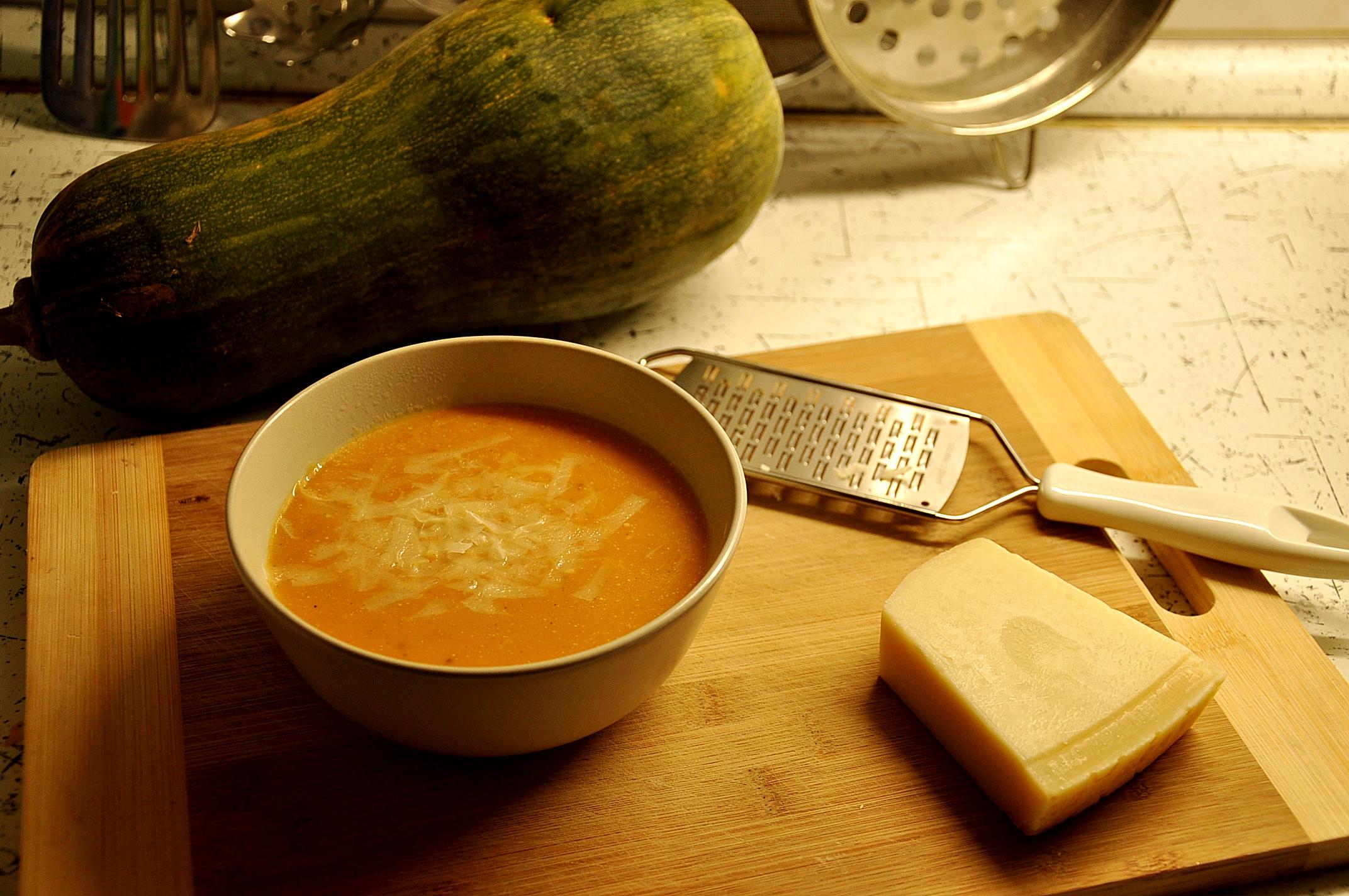 soup, pumpkin, chilli, parmezan, parmegiano