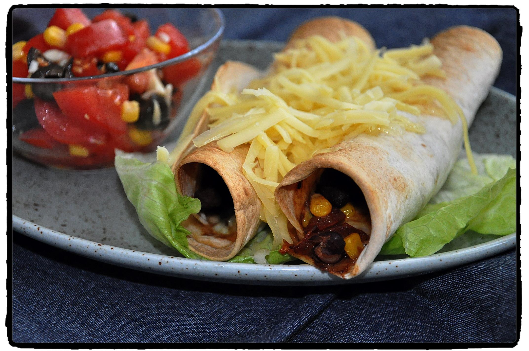 burritos, chipotle, beef, hovädzie mäso, syr, cheese